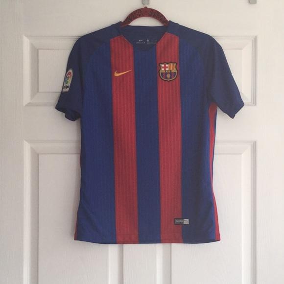 (Men) Nike - FC Barcelona Jersey 2016 17. M 5a67914b3a112e1f1d95c07a 6b8a985cc